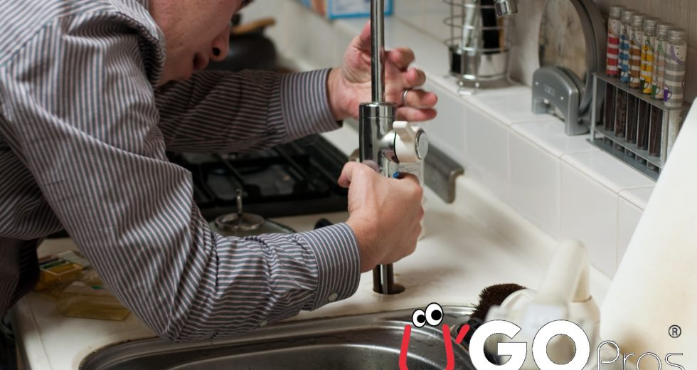 4 Reasons You Need A Plumber